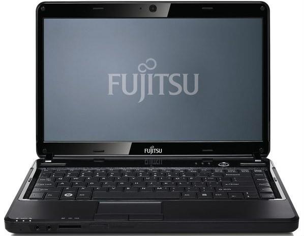 Fujitsu Lifebook LH531 Laptop (Core i3 2nd Gen/2 GB/500 GB/DOS)